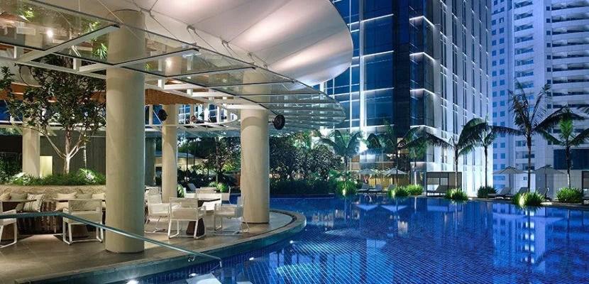 Grand-Hyatt-Kuala-Lumpur-P086-Poolside-1280x427 (1)