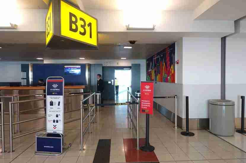 Air-Serbia-JFK-Borading