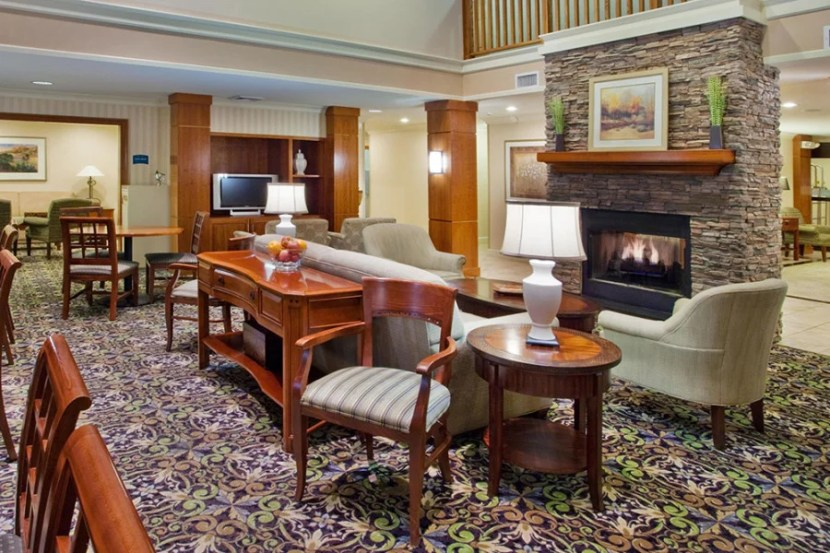 The lobby at the Staybridge Suites Savannah Historic District.