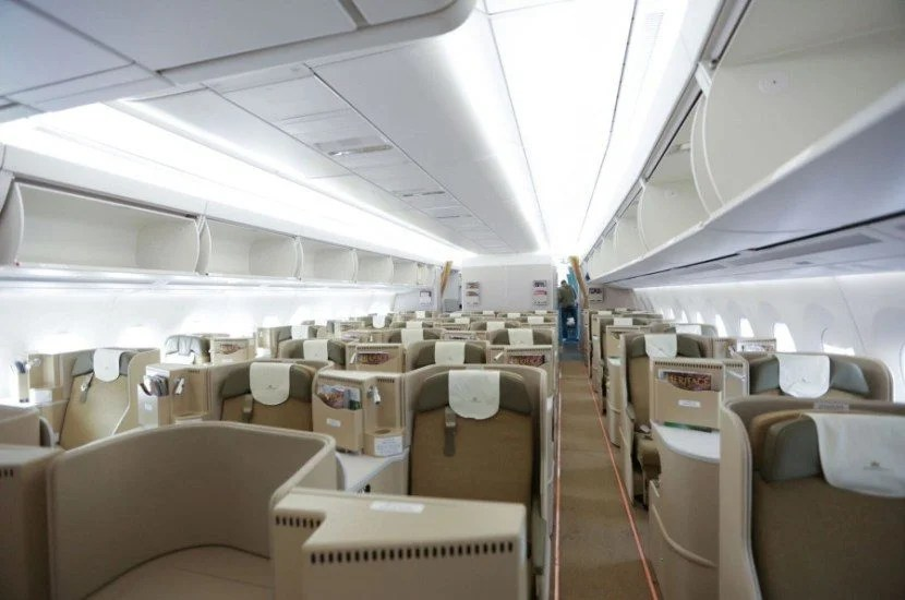 Vietnam's A350 business-class cabin is comprised of 29 seats in a 1-2-1 configuration.