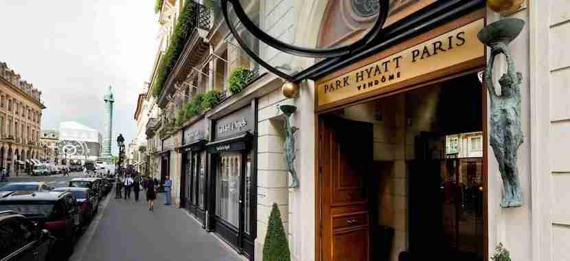 The entrance to the Park Hyatt Paris-Vendôme.