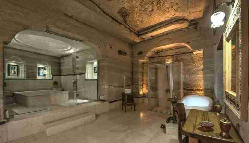 Who wants to hang out in this bathroom? I do! Image courtesy of the Aydlini Cave Hotel.