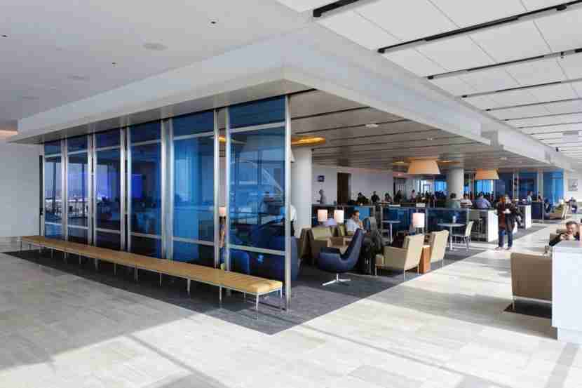 United Club LAX Review