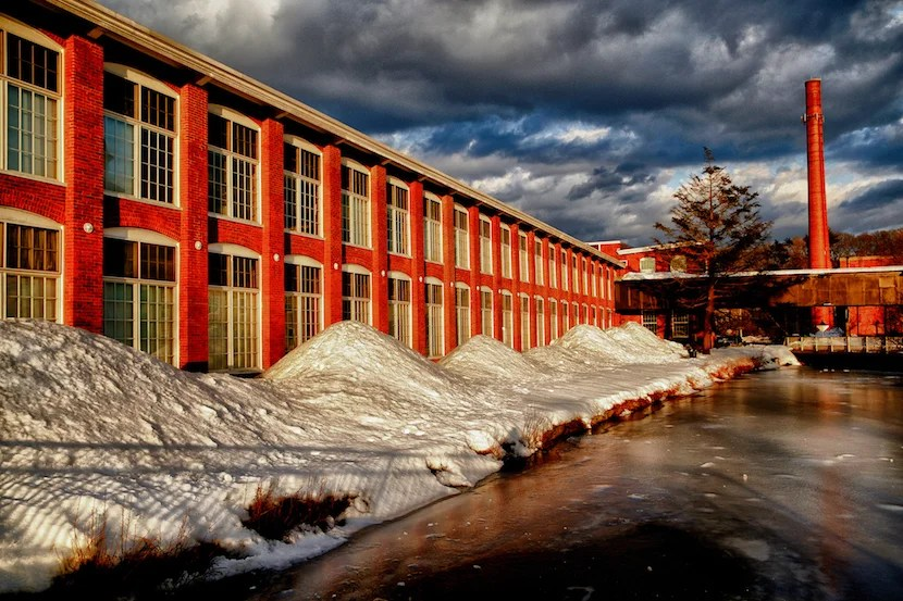 Many of Rhode Island's mills still stand today. Image courtesy of cgoiun via Getty Images.