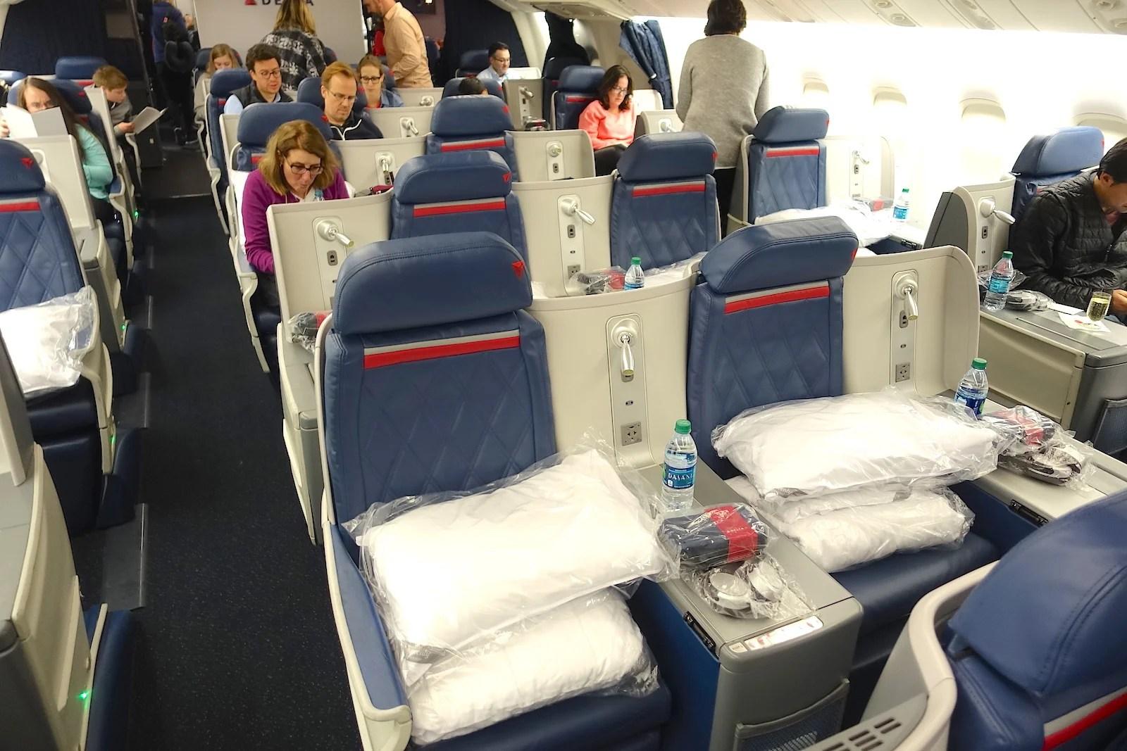 Delta 767-400ER (Delta One Cabin)