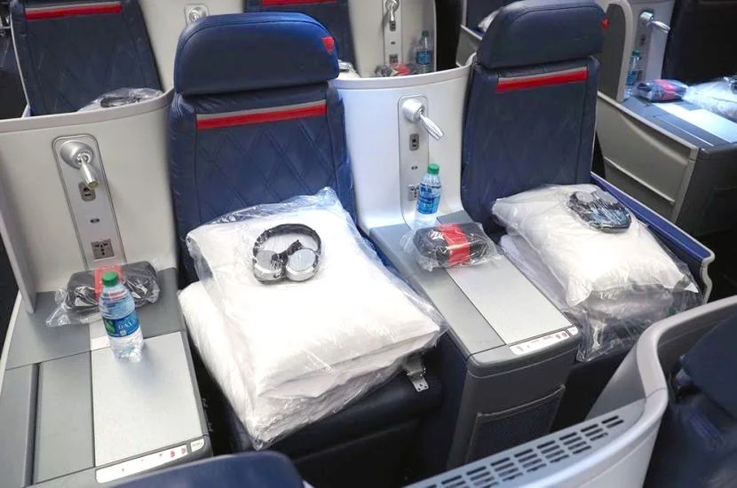 Delta's 767s have staggered front-facing lie-flat seats.