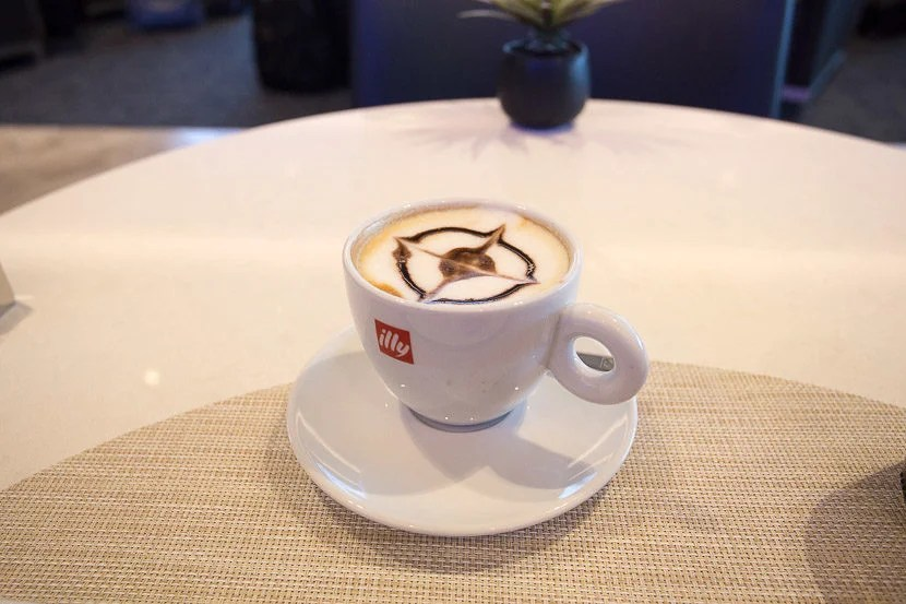After my meal, I was proactively offered an Illy latte, complete with a Polaris logo.