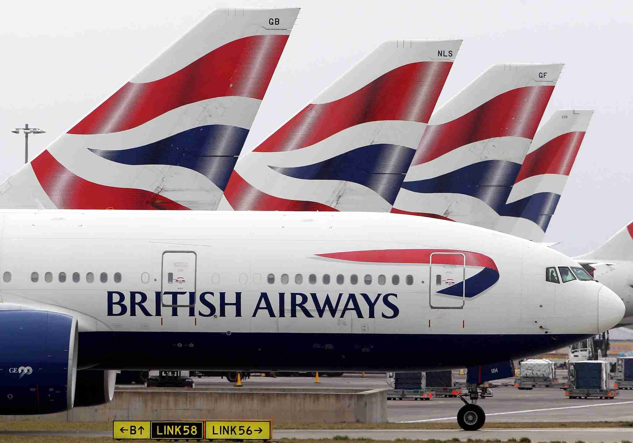 LONDON, ENGLAND - MARCH 19: A British Airways plane prepares to depart Heathrow Airport on March 19, 2010 in London, England. The planned three day strike by BA cabin crew this weekend will now go ahead as talks between the airline and the union Unite collapsed earlier today. (Photo by Dan Kitwood/Getty Images)