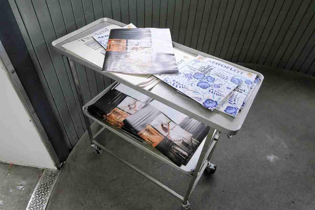 Aeroflot magazine tray