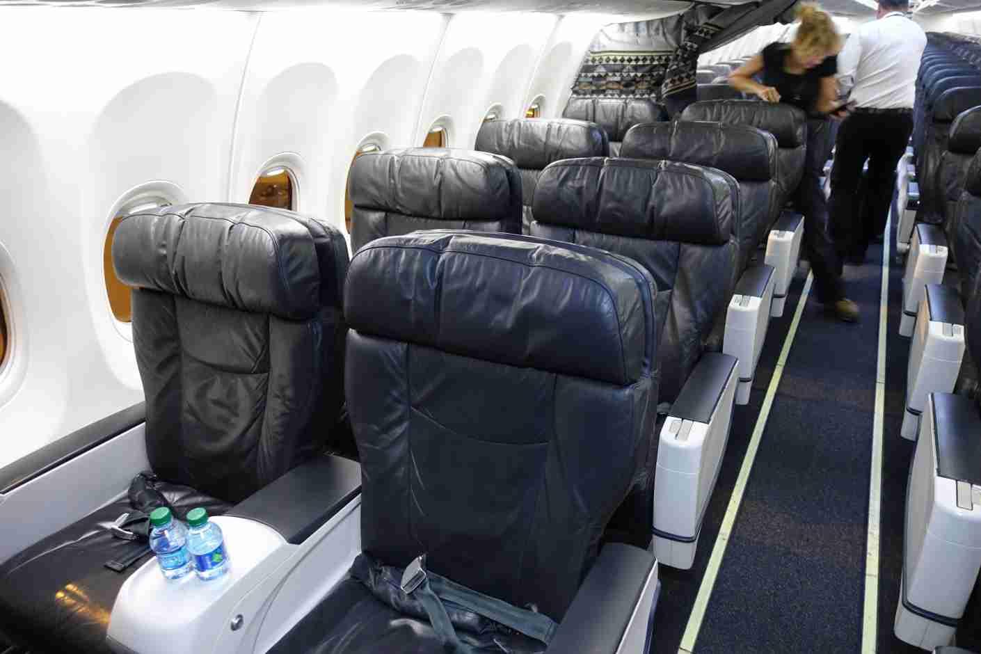 Alaska 737-900 first class