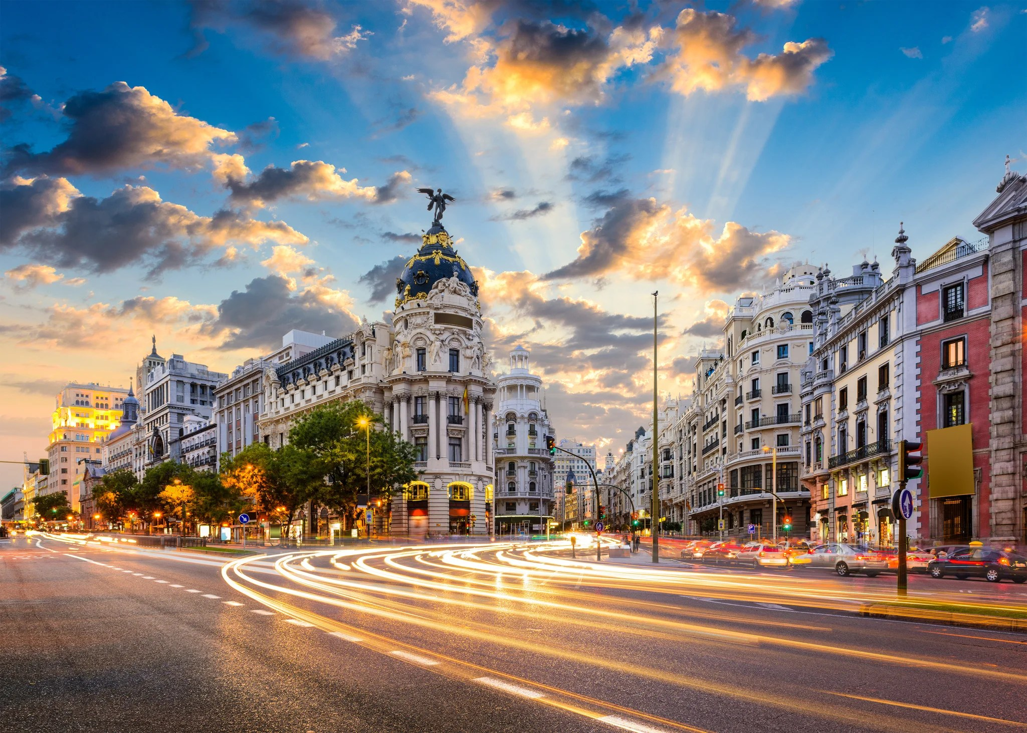 Flights From Across the US to Spain Have Dropped to $269 Round-Trip