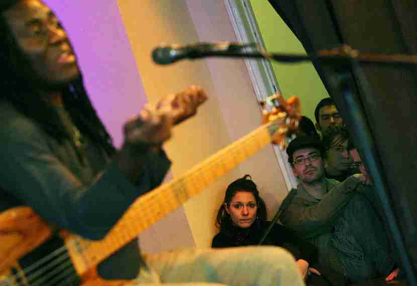 Cameroonian-born jazz musician Richard Bona entertains at Budapest Jazz Club. Image courtesy of BALINT PORNECZI/AFP/Getty Images.