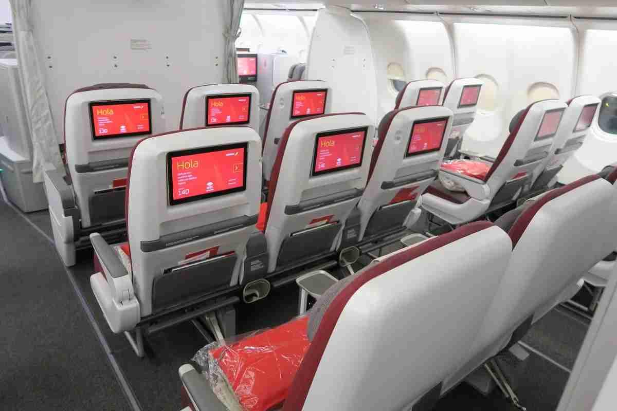 Iberia A340-600 Premium Economy middle seats