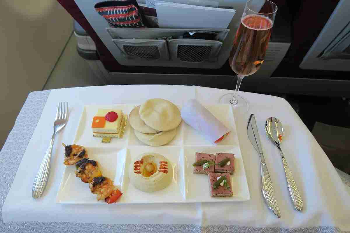 Qatar First Class meal DOH-MCT
