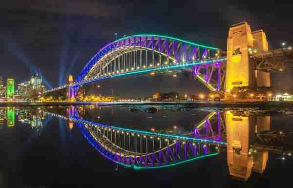 Image of the Sydney Harbour Bridge courtesy of Vivid Sydney