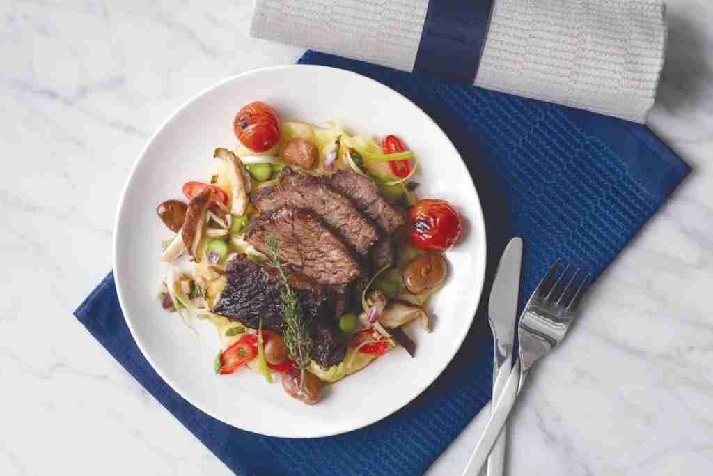 Business-Class-Meal-ua-new-premium