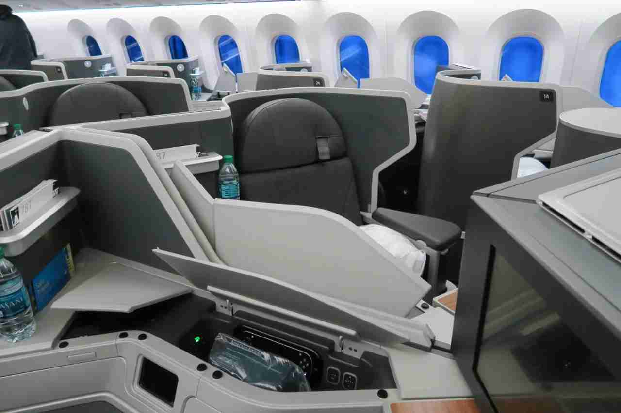 aa787-9_business_no_partition