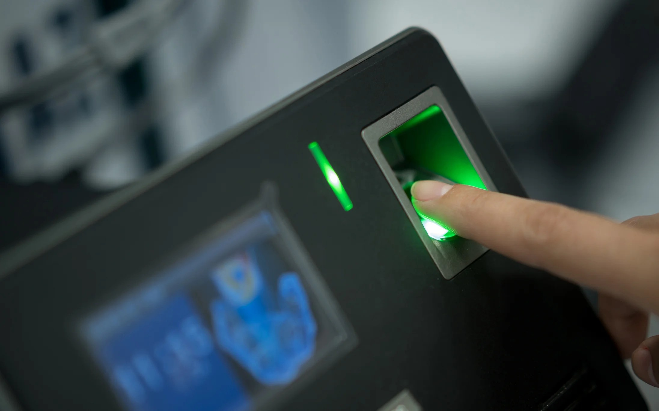 tsa testing fingerprint scans to get you through the airport