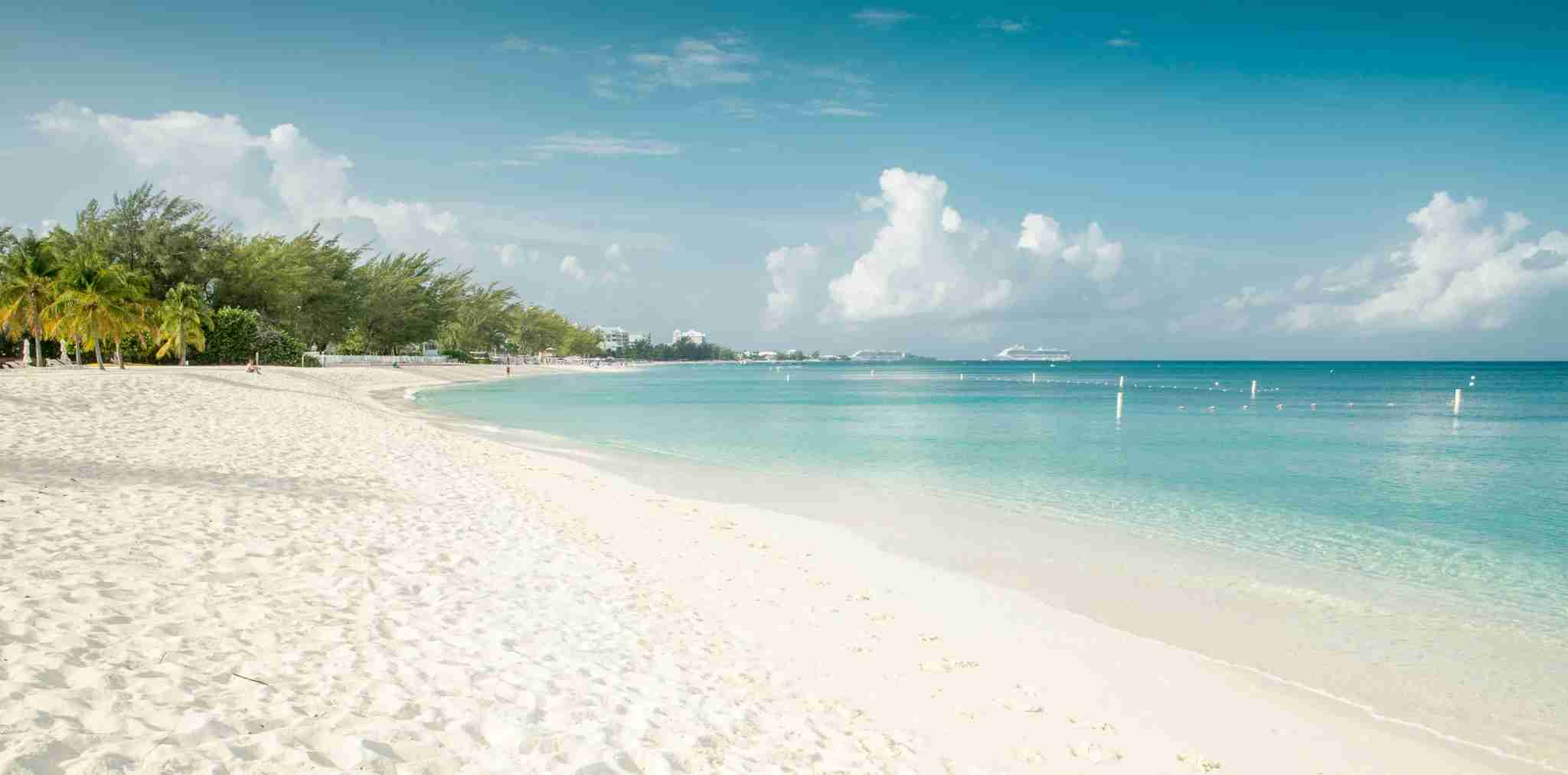 Panorama of Seven Mile Beach on Grand Cayman island (Getty Images)