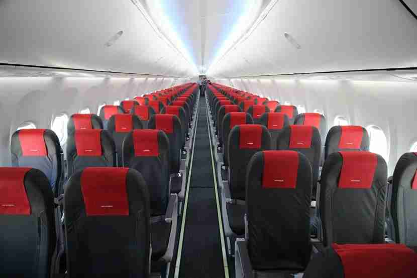 IMG Norwegian Air Boeing 737 MAX 8 cabin