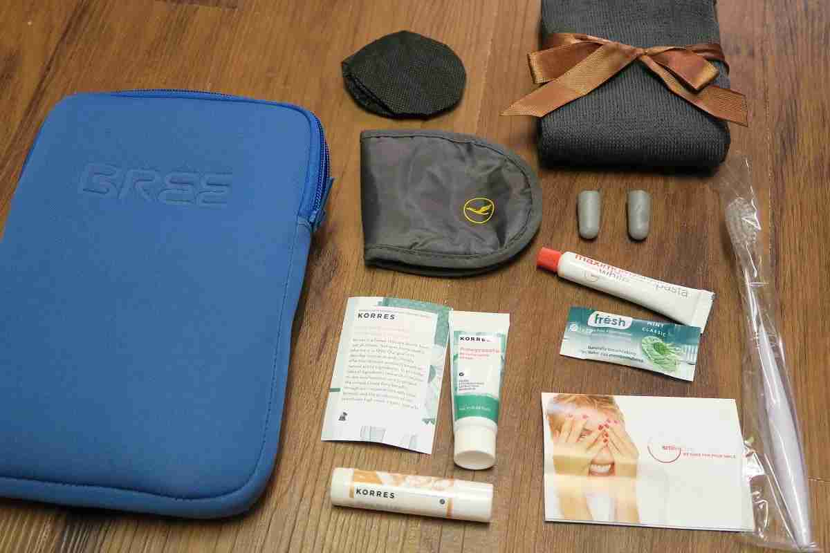 Lufthansa 747-8 748 business class amenity kit contents