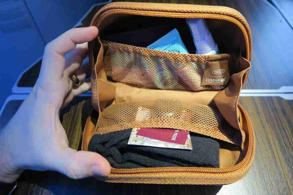Qatar A350 amenity kit