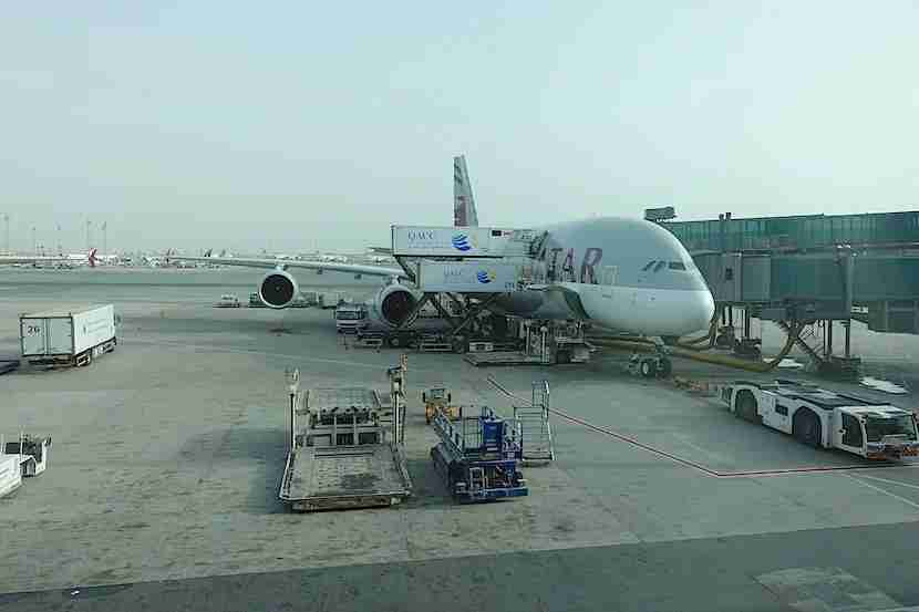 Qatar A380 food loading