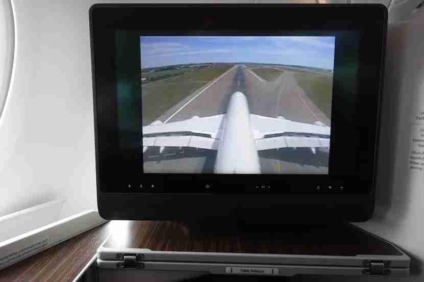 Qatar landing runway
