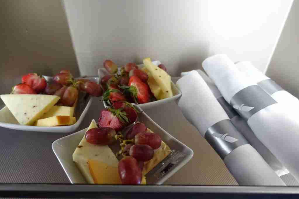IMG-aa-biz-self-serve-snacks-3