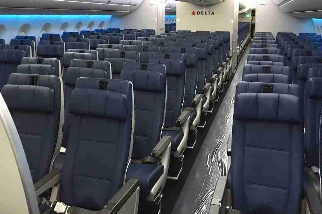 IMG-delta-main-cabin-a350
