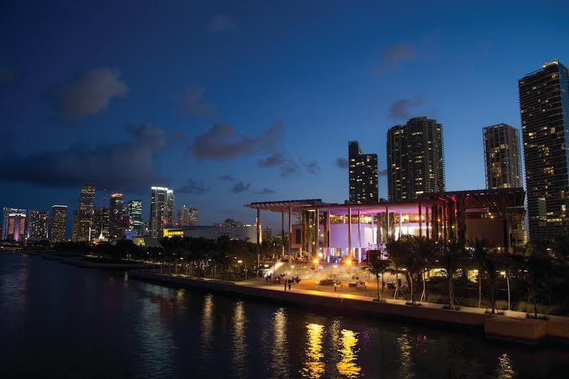 Dine al fresco at Verde at Pérez Art Museum Miami, where you can take in sweeping views over Biscayne Bay. Image courtesy of Verde.