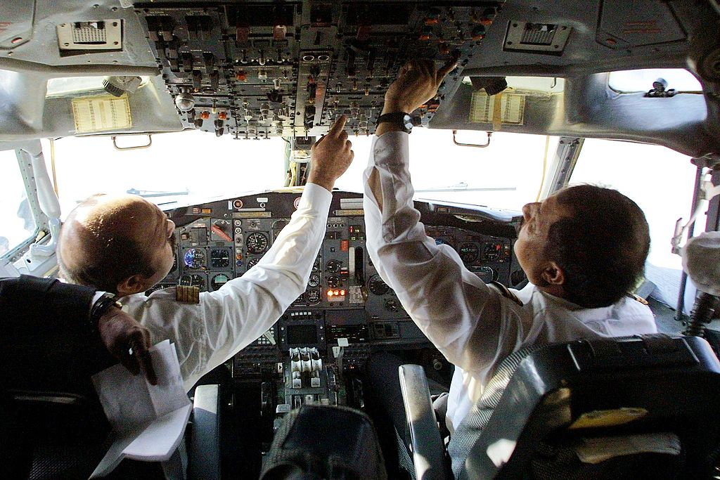 Pilots of Ariana Afghan Airlines Boeing 727 engage