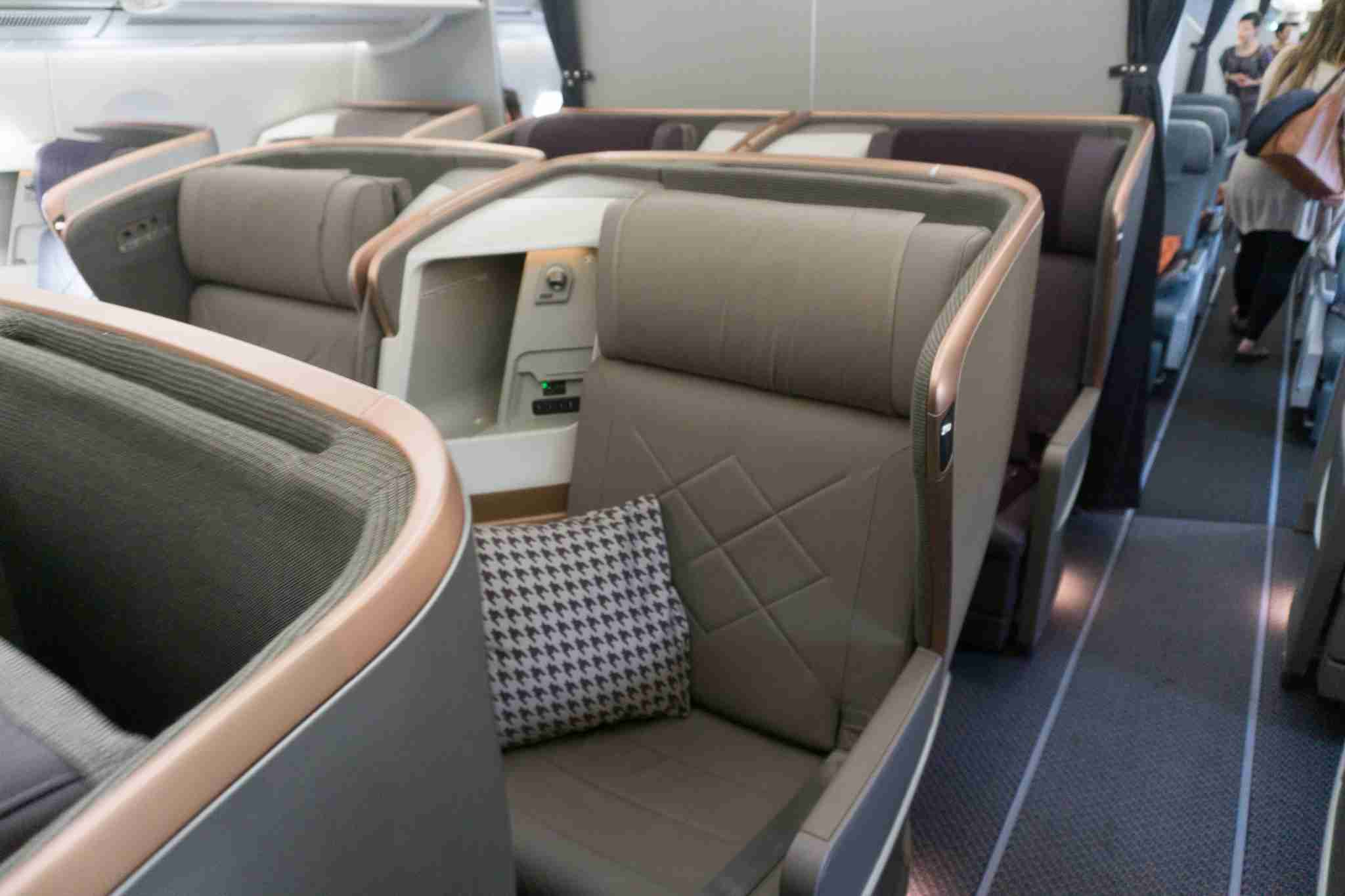 Business Class Cabin SQ51