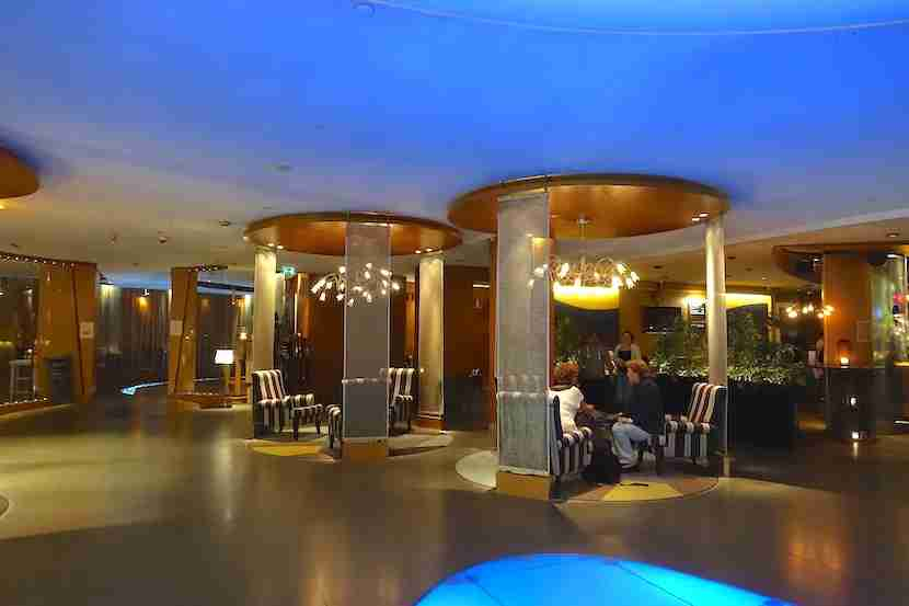 Radisson Blu Royal Viking lobby booths