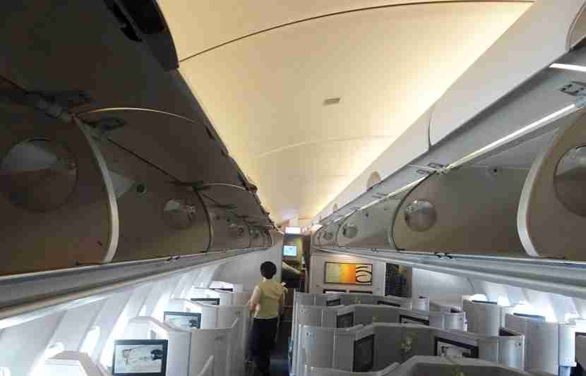 CX-A330-Bus-Review10