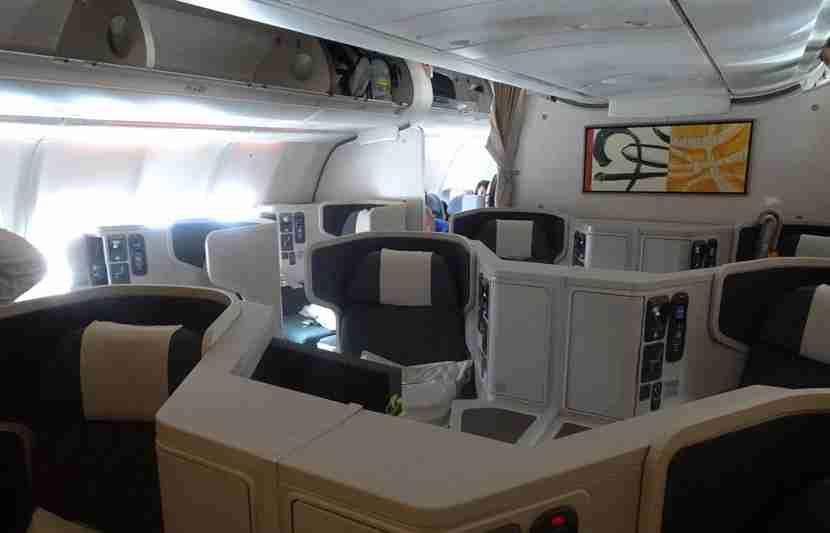 CX-A330-Bus-Review11
