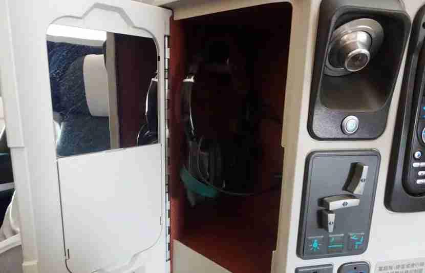 CX-A330-Bus-Review14