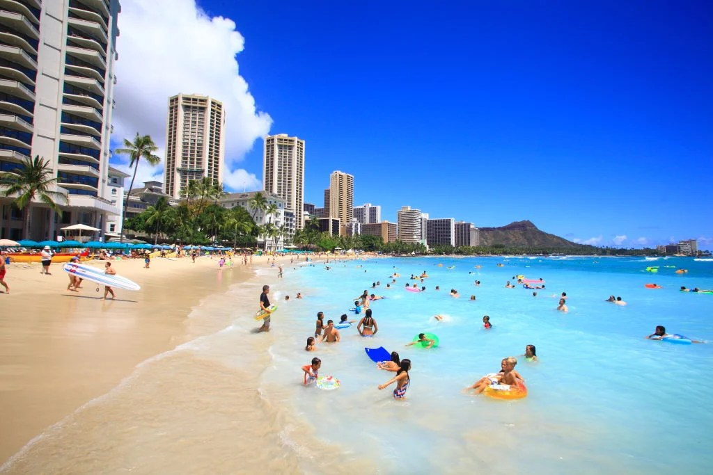 Deal Alert: Airlines Respond to Southwest With Flights to Hawaii From $197 Round-Trip