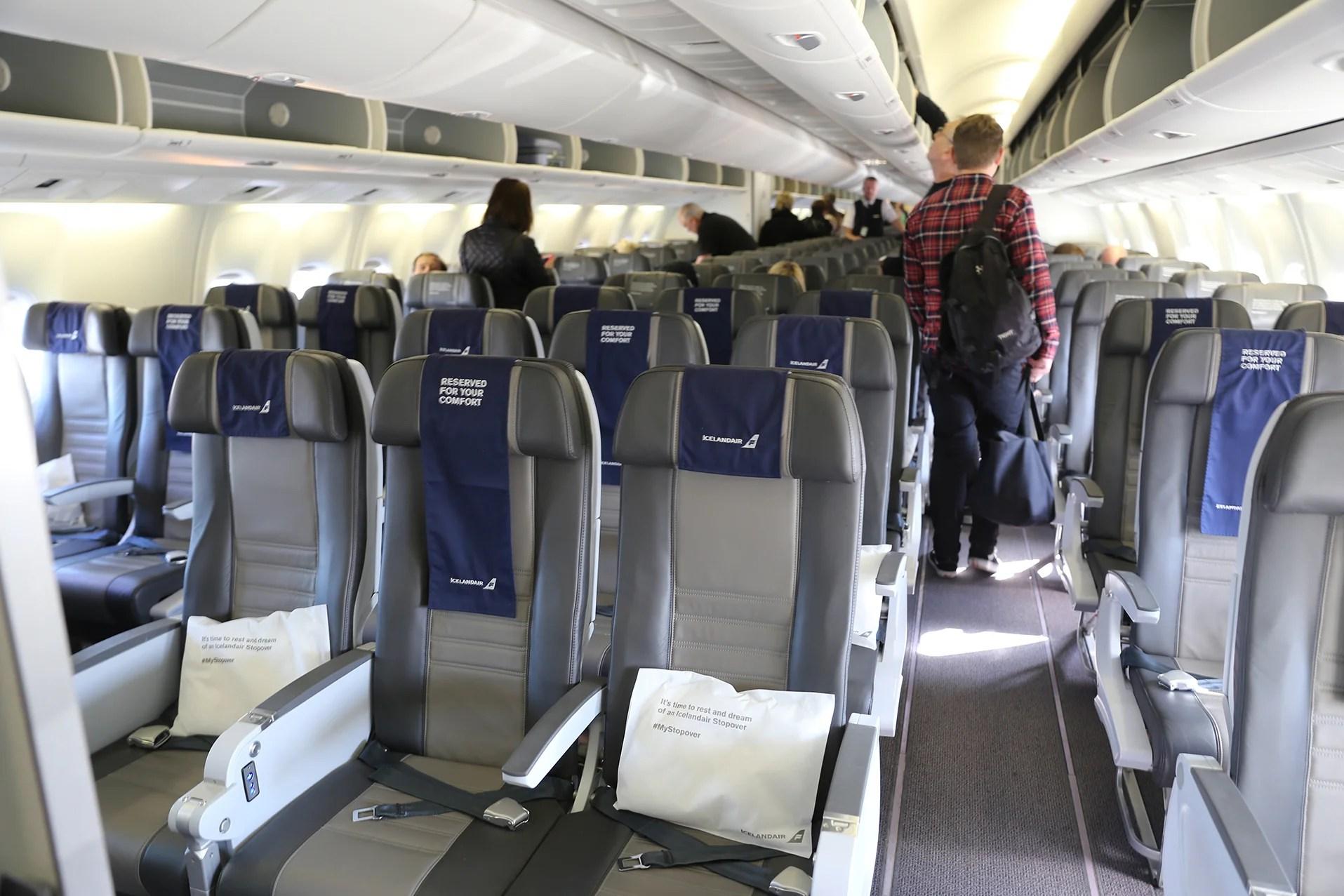 Review: Icelandair (767-300ER) Economy, Reykjavik to JFK on seatguru boeing 788 seat map, pan am seat map, privatair seat map, bulgarian air seat map, dragonair seat map, gulf air seat map, aircraft 76w seat map, air macau seat map, atlas air seat map, iran air seat map, saudia seat map, air tahiti seat map, xl airways france seat map, easyjet seat map, airline seat map, red wings seat map, first air seat map, air asia seat map, airberlin seat map, air india 777-300er seat map,