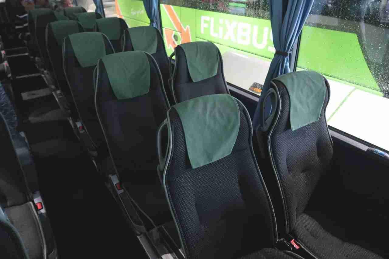 IMG_FlixBus_Munich_Stuttgart_seat_left