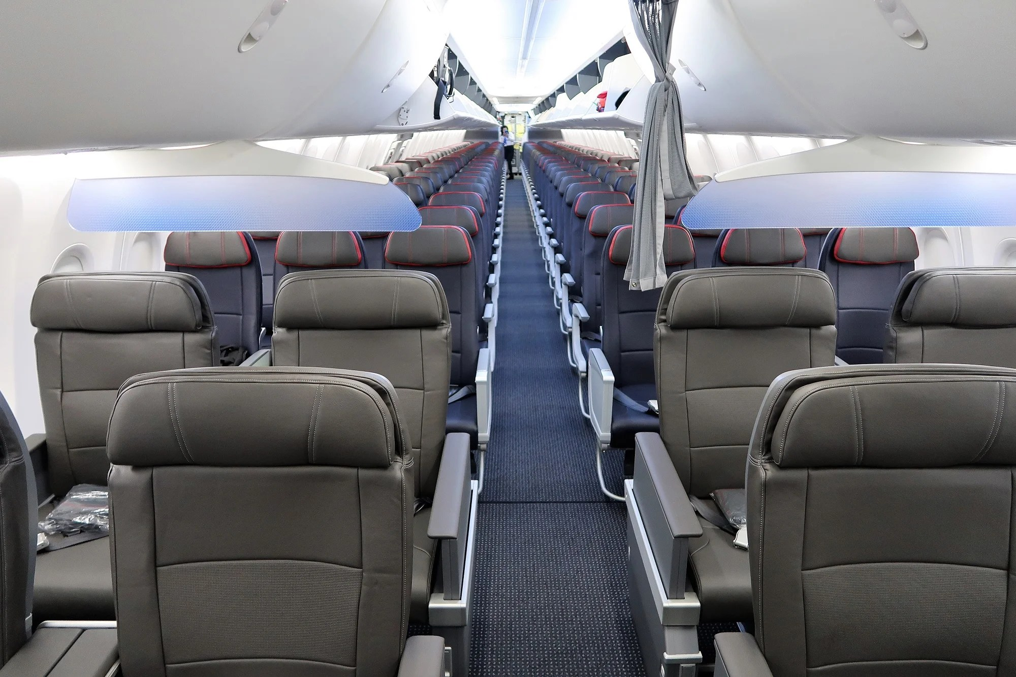 Aa Flight Attendants Agree 737 Max Bathrooms Are Too Small