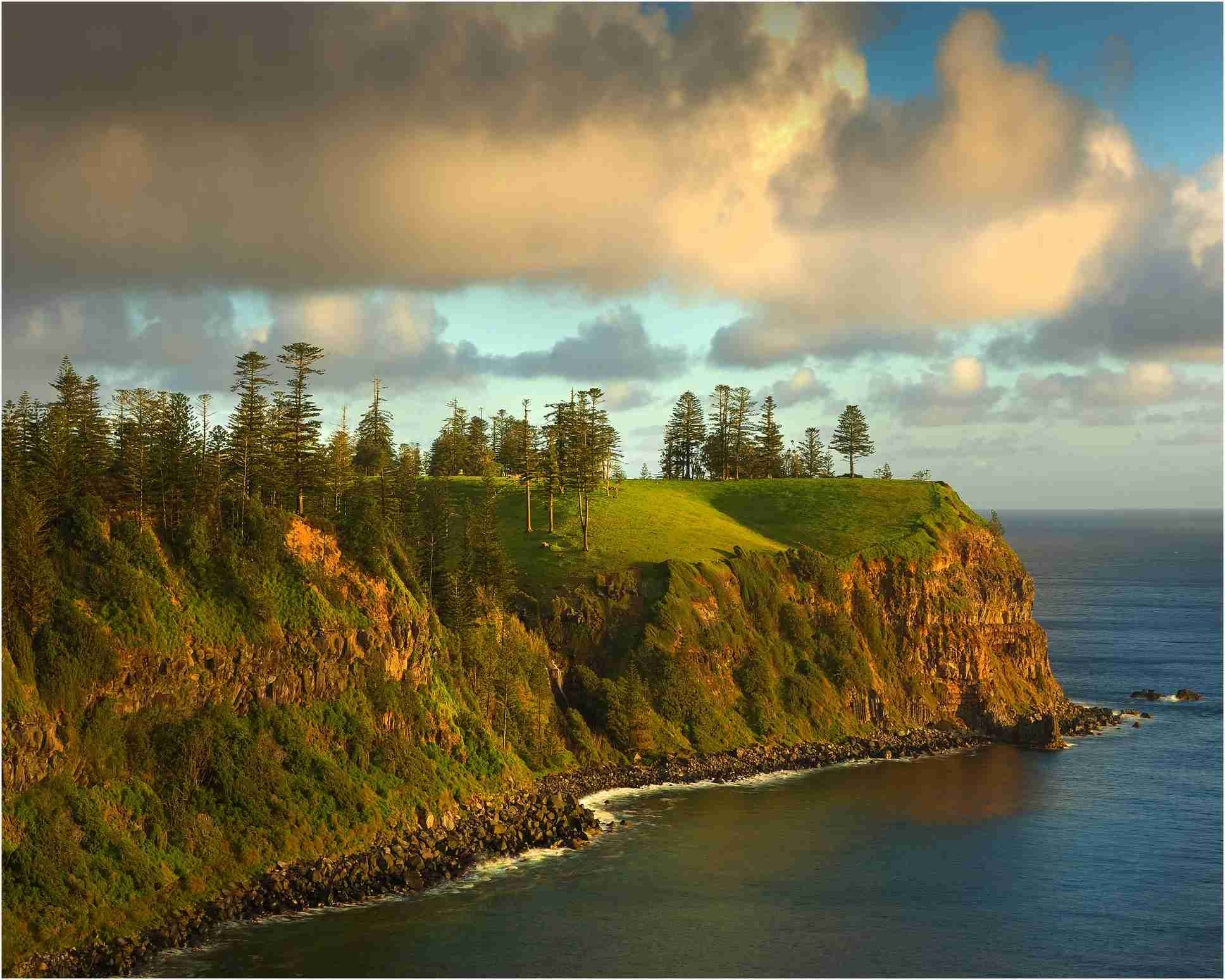 Image of Norfolk Island, Australia, by Southern Lightscapes-Australia/Getty Images.