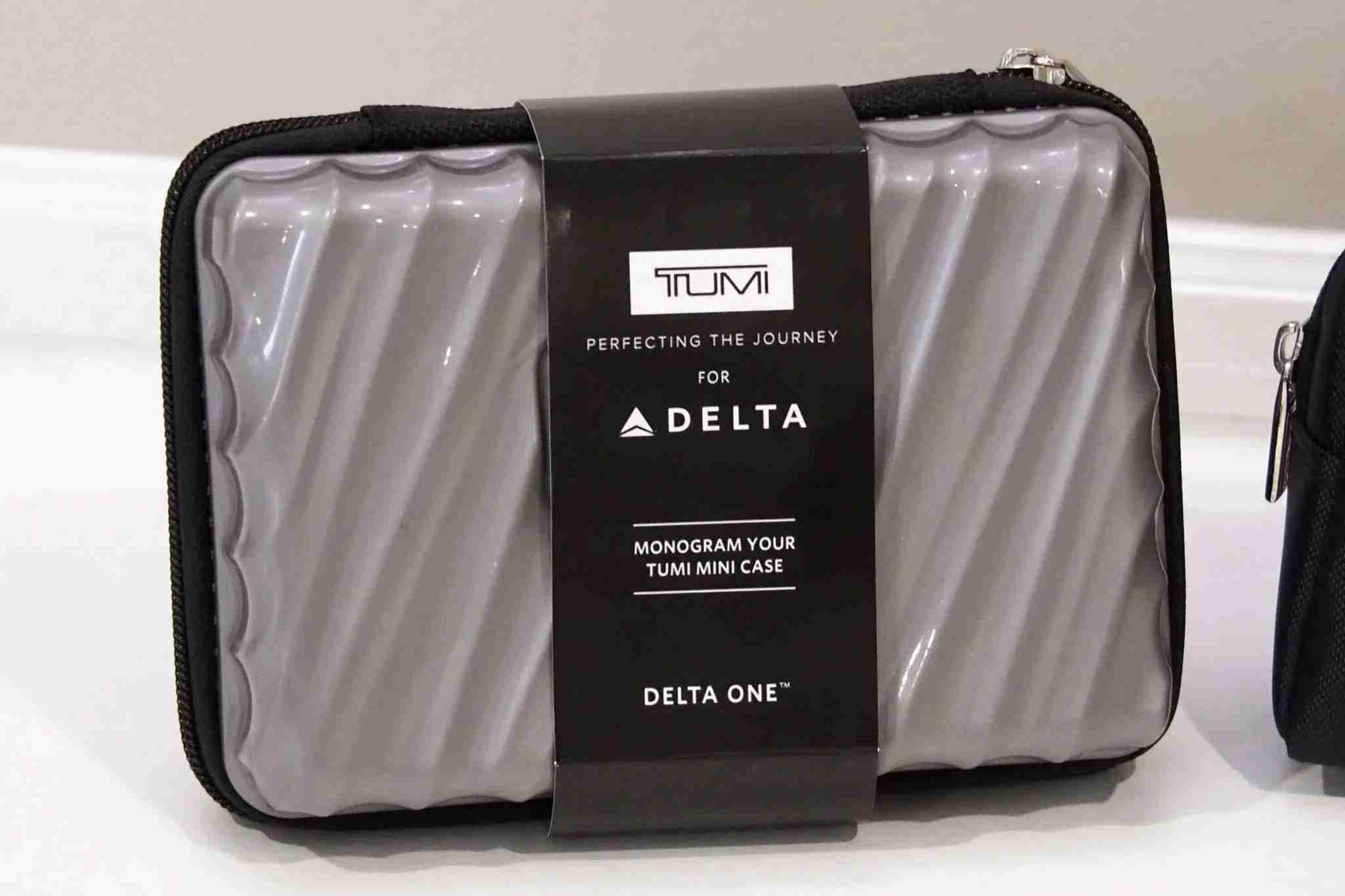 Delta One Premium Select Amenity Kits