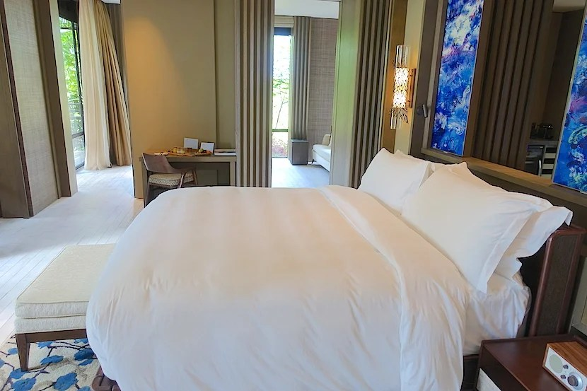 Hotel Review Rainforest Junior Suite At The Ritz Carlton