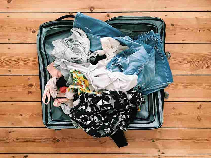 messy, suitcase