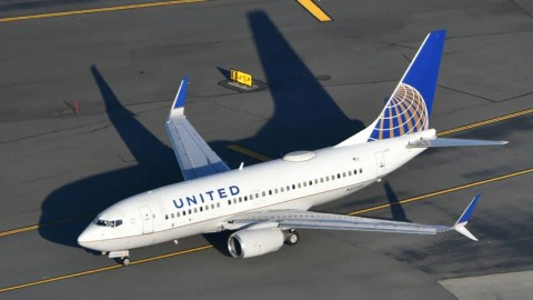 Woman Says United Gave Her First Class Seat To Congresswoman