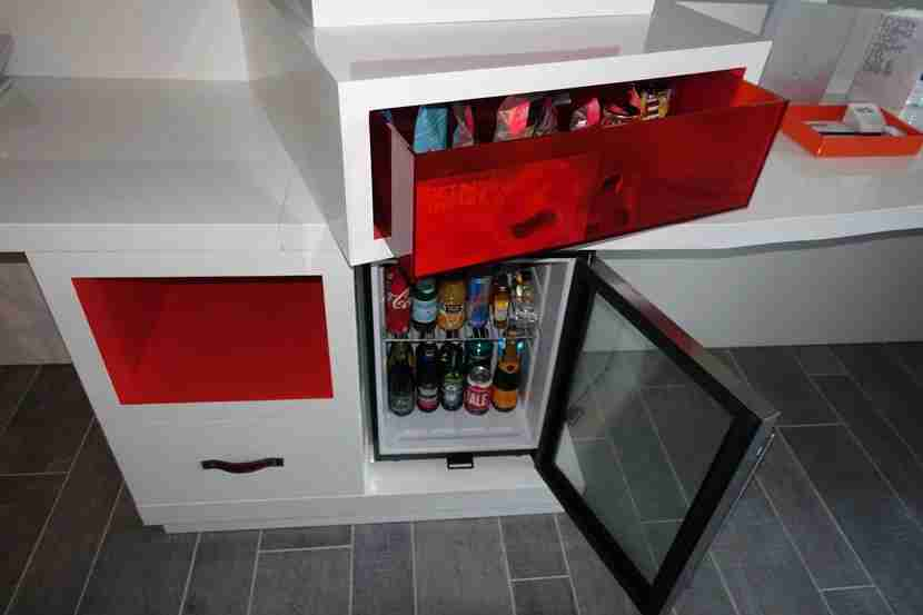 Mini-Bar-Suite