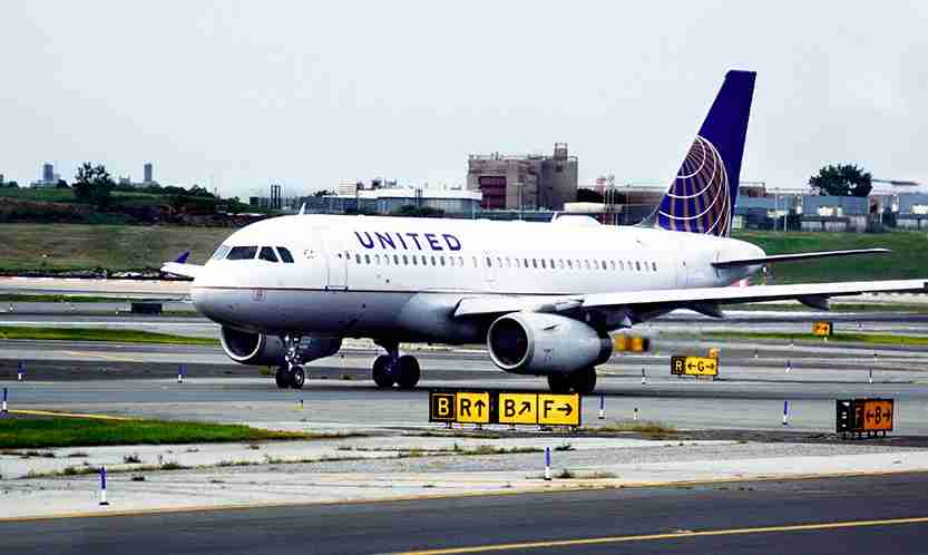 United Airlines Airbus
