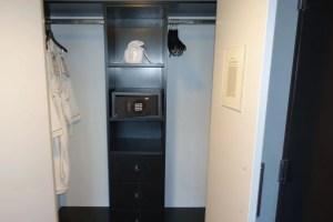 W-seattle-Closet