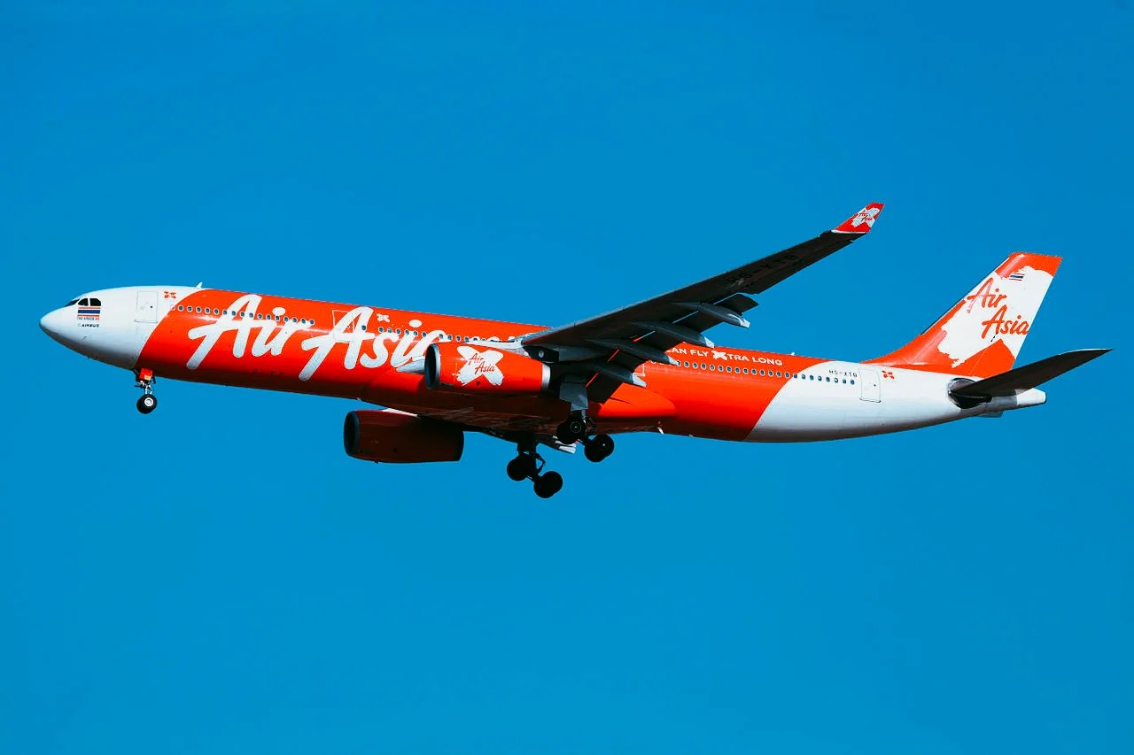 A Check-In Disaster and Bad Food: Across the Pacific for Just $300 With Air Asia X